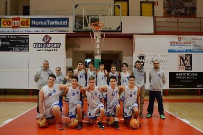 https://www.basketmarche.it/immagini_articoli/08-12-2017/giovanili-il-punto-settimanale-sulle-squadre-del-basket-maceratese-270.jpg