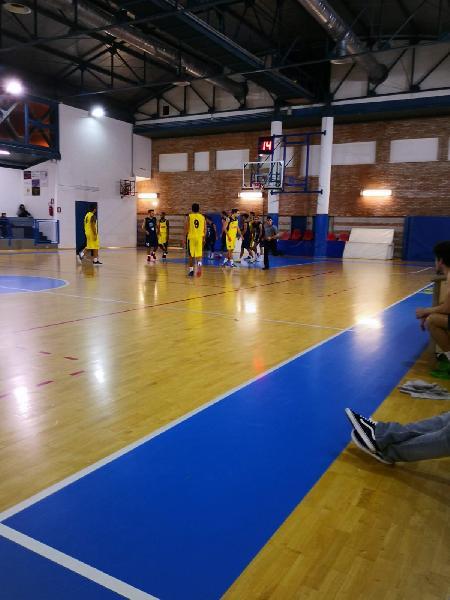 https://www.basketmarche.it/immagini_articoli/08-12-2018/anticipi-ottava-giornata-vittorie-esterne-basket-giovane-stamura-600.jpg