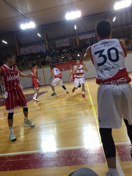 https://www.basketmarche.it/immagini_articoli/08-12-2018/anticipi-urbania-assisi-volano-bene-fermignano-recanati-prima-gioia-gualdo-600.jpg