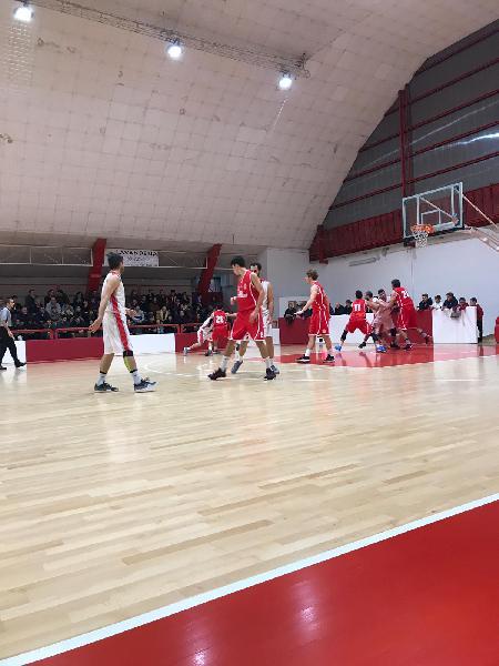 https://www.basketmarche.it/immagini_articoli/08-12-2018/recap-decimo-turno-macerata-fochi-volano-basket-fermo-pedaso-misura-bene-boys-600.jpg