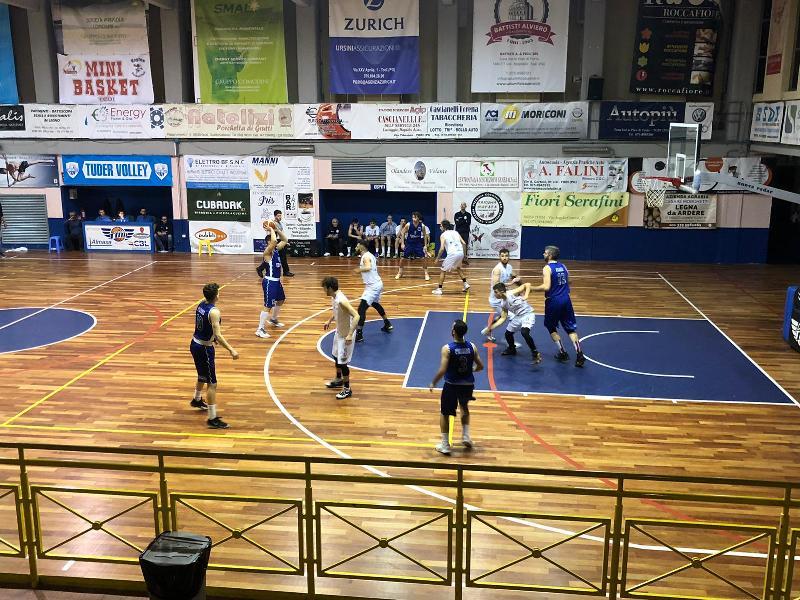 https://www.basketmarche.it/immagini_articoli/08-12-2019/basket-todi-vince-scontro-diretto-bartoli-mechanics-conferma-capolista-600.jpg