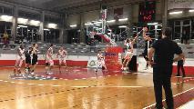 https://www.basketmarche.it/immagini_articoli/08-12-2019/pallacanestro-acqualagna-spunta-sprint-campo-basket-gualdo-120.jpg