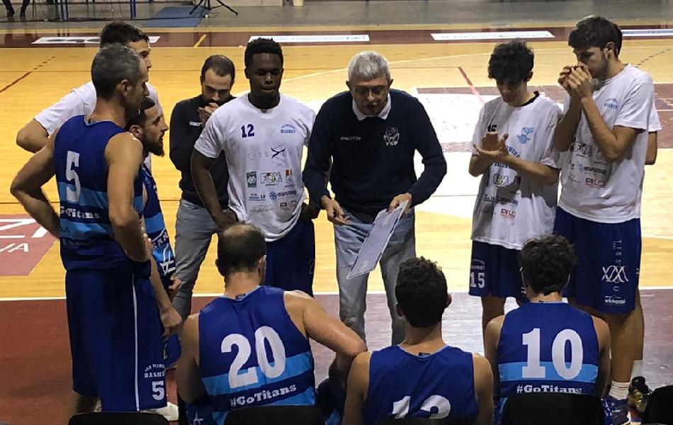 https://www.basketmarche.it/immagini_articoli/08-12-2019/titano-marino-ferma-conquista-vittoria-consecutiva-scala-classifica-600.jpg