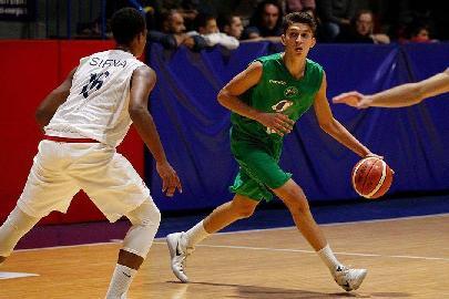 https://www.basketmarche.it/immagini_articoli/09-01-2018/under-20-eccellenza-va-alla-mens-sana-il-derby-senese-contro-la-virtus-270.jpg