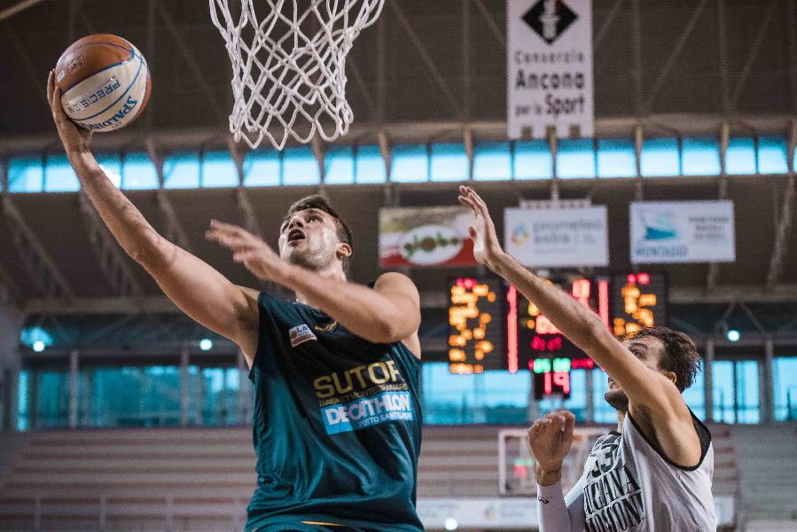 https://www.basketmarche.it/immagini_articoli/09-01-2021/montegranaro-alessandro-riva-siamo-crescita-roseto-vogliamo-provare-vincere-600.jpg