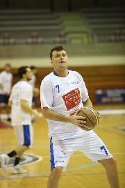 https://www.basketmarche.it/immagini_articoli/09-02-2018/d-regionale-tutto-pronto-per-il-big-match-tra-aesis-jesi-e-pallacanestro-fermignano-270.jpg