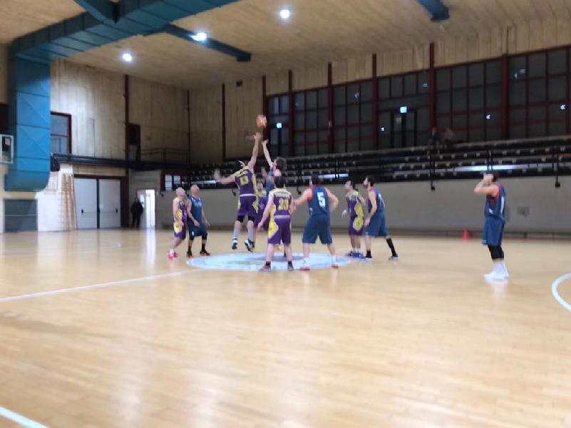 https://www.basketmarche.it/immagini_articoli/09-03-2019/storm-ubique-ascoli-supera-pedaso-basket-trascinata-ottimo-stilla-600.jpg