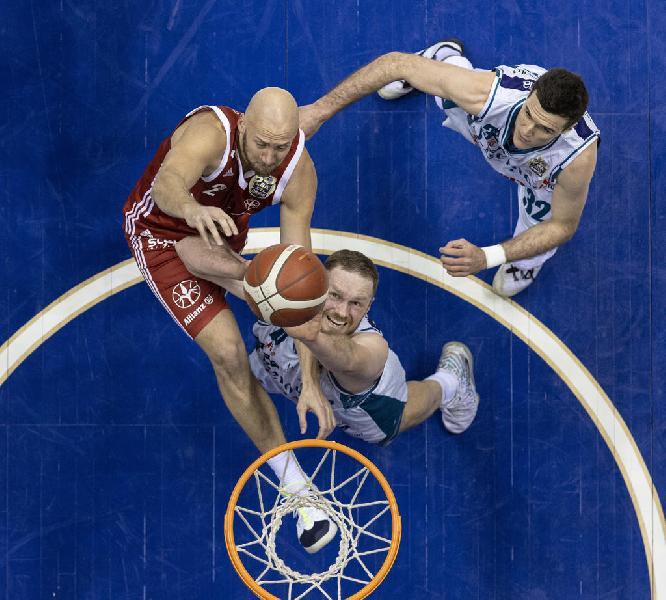 https://www.basketmarche.it/immagini_articoli/09-03-2021/ufficiale-pallacanestro-trieste-prolunga-settimana-contratto-hrvoje-peric-600.jpg