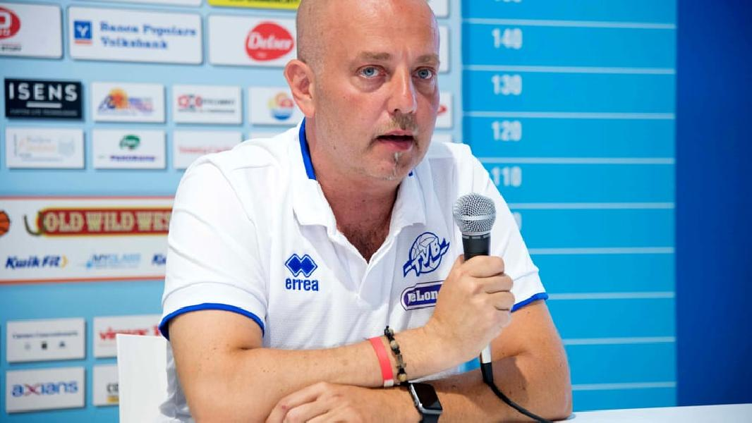 https://www.basketmarche.it/immagini_articoli/09-04-2020/longhi-treviso-menetti-treviso-conserver-tutta-passione-lattaccamento-squadra-dimostrato-600.jpg