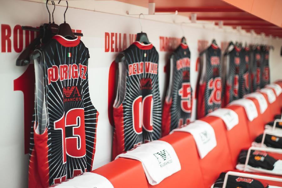 https://www.basketmarche.it/immagini_articoli/09-04-2020/olimpia-milano-segreti-spogliatoio-prepartita-600.jpg