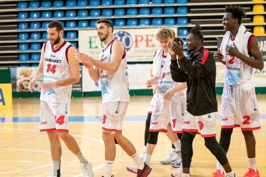 https://www.basketmarche.it/immagini_articoli/09-04-2021/unibasket-lanciano-cerca-riscatto-difficile-sfida-pescara-basket-600.jpg