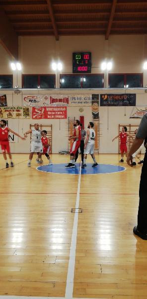 https://www.basketmarche.it/immagini_articoli/09-05-2019/regionale-playoff-montemarciano-supera-basket-maceratese-conquista-600.jpg