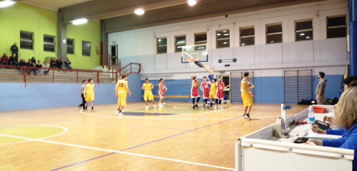 https://www.basketmarche.it/immagini_articoli/09-05-2019/regionale-umbria-playout-gara-pallacanestro-perugia-pareggia-conti-prende-bella-600.jpg