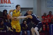 https://www.basketmarche.it/immagini_articoli/09-05-2019/unibasket-lanciano-alex-martelli-gara-vinta-grazie-prestazione-difensiva-120.jpg