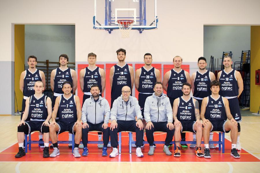 https://www.basketmarche.it/immagini_articoli/09-06-2021/bramante-coach-nicolini-siamo-settimana-decisiva-campionato-vogliamo-riscattare-derby-scorso-600.jpg