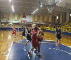 https://www.basketmarche.it/immagini_articoli/09-06-2021/gold-convincente-vittoria-basket-todi-blubasket-spoleto-120.jpg