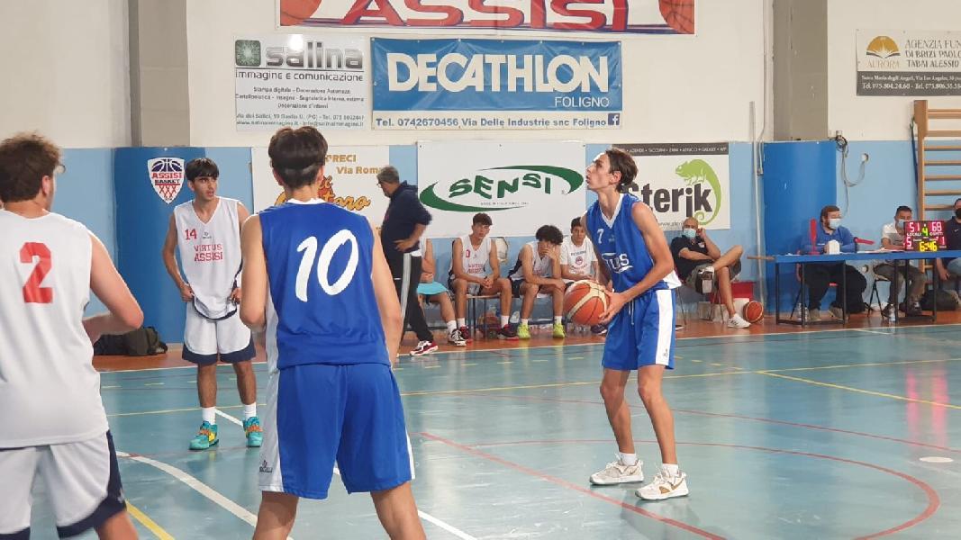 https://www.basketmarche.it/immagini_articoli/09-06-2021/gold-foligno-espugna-campo-virtus-assisi-600.jpg