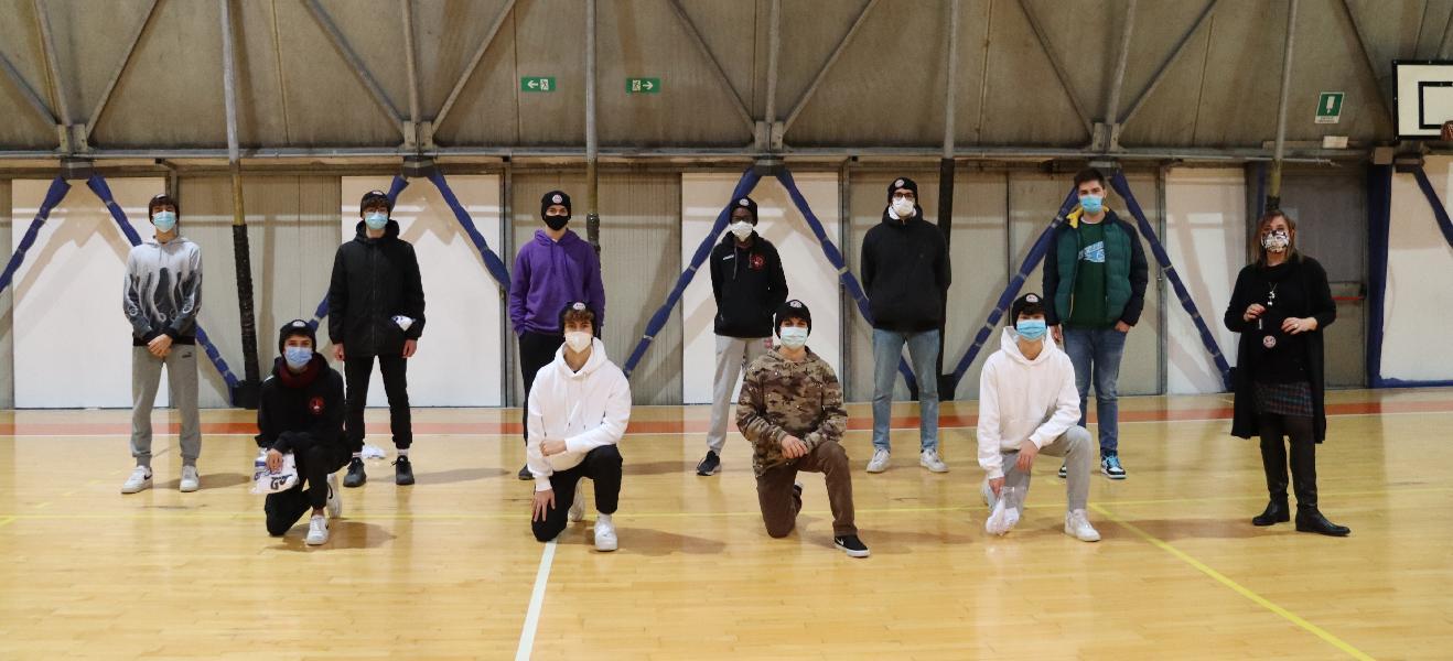 https://www.basketmarche.it/immagini_articoli/09-06-2021/robur-family-osimo-bilancio-settimana-squadre-giovanili-600.jpg