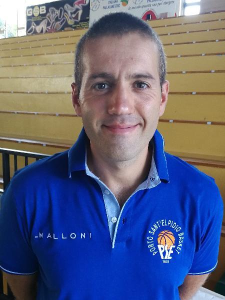 https://www.basketmarche.it/immagini_articoli/09-07-2019/ufficiale-gianluca-pizi-allenatore-porto-sant-elpidio-basket-600.jpg