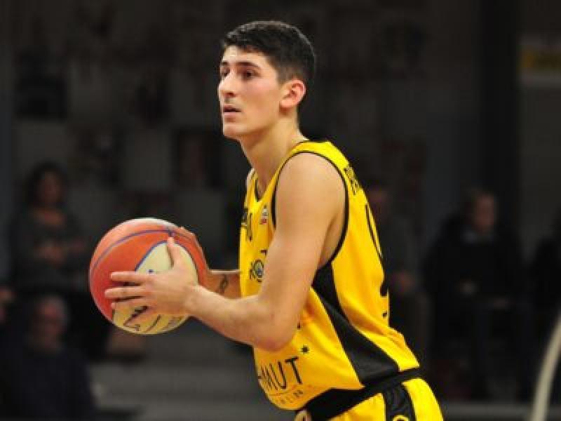 https://www.basketmarche.it/immagini_articoli/09-07-2020/conferma-matteo-parravicini-terzo-tassello-roster-bergamo-basket-600.jpg