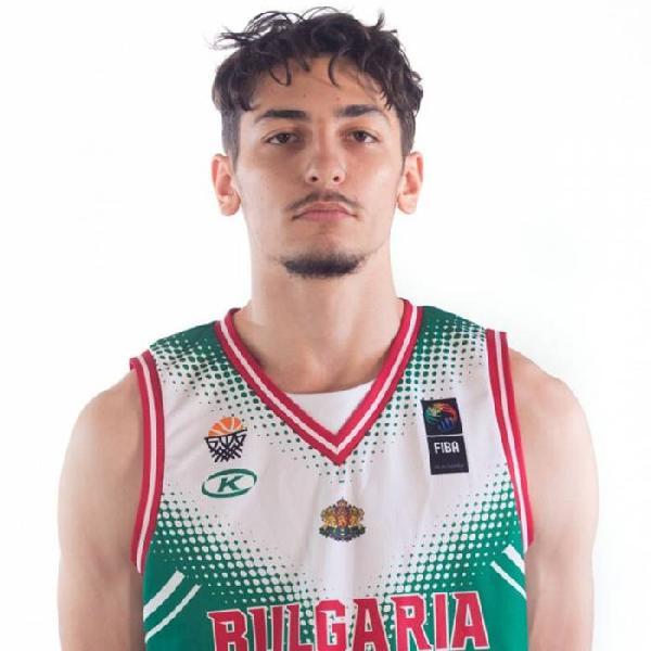 https://www.basketmarche.it/immagini_articoli/09-07-2020/rinascita-basket-rimini-lavora-riportare-italia-esterno-borislav-mladenov-600.jpg