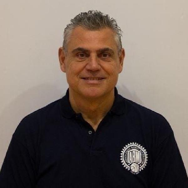 https://www.basketmarche.it/immagini_articoli/09-07-2020/separano-dopo-quattro-stagioni-strade-basket-maceratese-coach-giovanni-albanesi-600.jpg