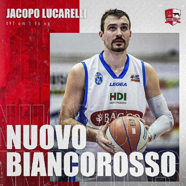 https://www.basketmarche.it/immagini_articoli/09-07-2021/ufficiale-jacopo-lucarelli-lascia-pallacanestro-roseto-firma-bakery-piacenza-600.jpg