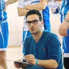 https://www.basketmarche.it/immagini_articoli/09-08-2018/serie-a2-femminile-l-ex-feba-civitanova-alberto-matassini-si-presenta-con-nuovo-coach-di-battipaglia-270.jpg