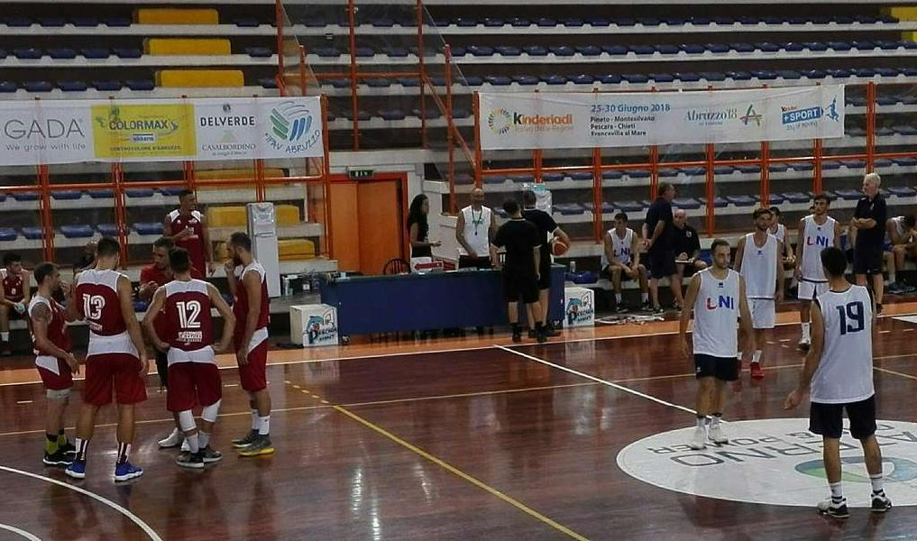https://www.basketmarche.it/immagini_articoli/09-09-2018/serie-gold-segnali-positivi-unibasket-lanciano-test-vasto-basket-600.jpg
