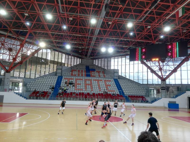 https://www.basketmarche.it/immagini_articoli/09-09-2018/serie-silver-chieti-basket-sconfitto-primo-test-stagionale-antoniana-pescara-600.jpg