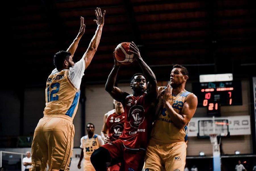 https://www.basketmarche.it/immagini_articoli/09-09-2018/trofeo-sima-vuelle-pesaro-supera-poderosa-montegranaro-aggiudica-torneo-600.jpg