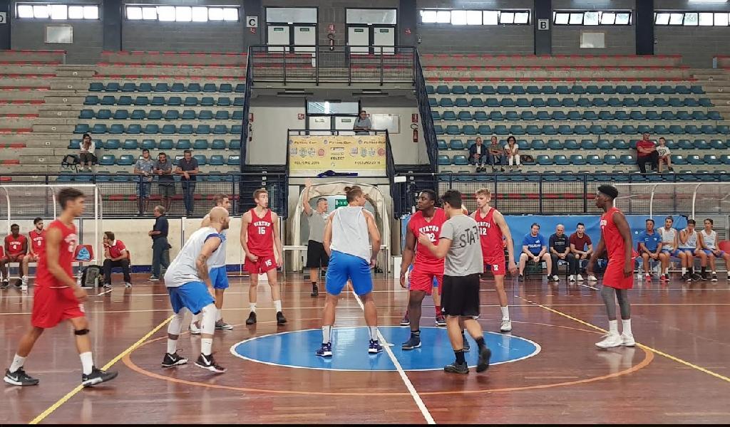 https://www.basketmarche.it/immagini_articoli/09-09-2019/buona-prova-lucky-wind-foligno-test-amichevole-chem-virtus-porto-giorgio-600.jpg