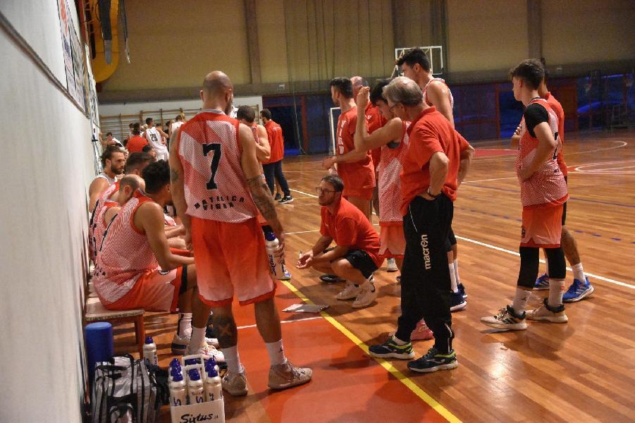 https://www.basketmarche.it/immagini_articoli/09-09-2021/vigor-matelica-domina-amichevole-basket-tolentino-600.jpg