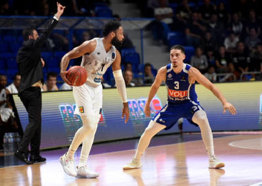 https://www.basketmarche.it/immagini_articoli/09-10-2019/eurocup-aquila-basket-trento-passa-campo-buducnost-podgorica-600.jpg
