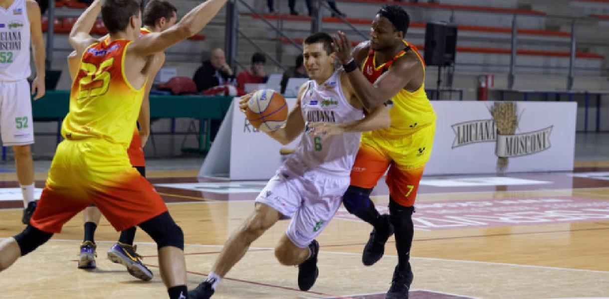 https://www.basketmarche.it/immagini_articoli/09-10-2020/simone-centanni-capitano-campetto-ancona-600.jpg