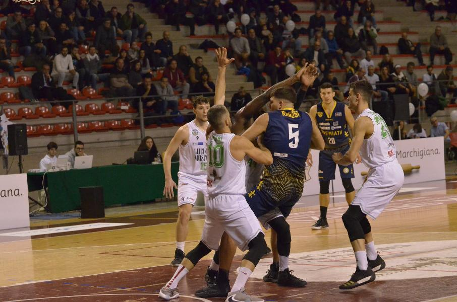 https://www.basketmarche.it/immagini_articoli/09-10-2020/supercoppa-campetto-ancona-attende-visita-sutor-montegranaro-600.jpg