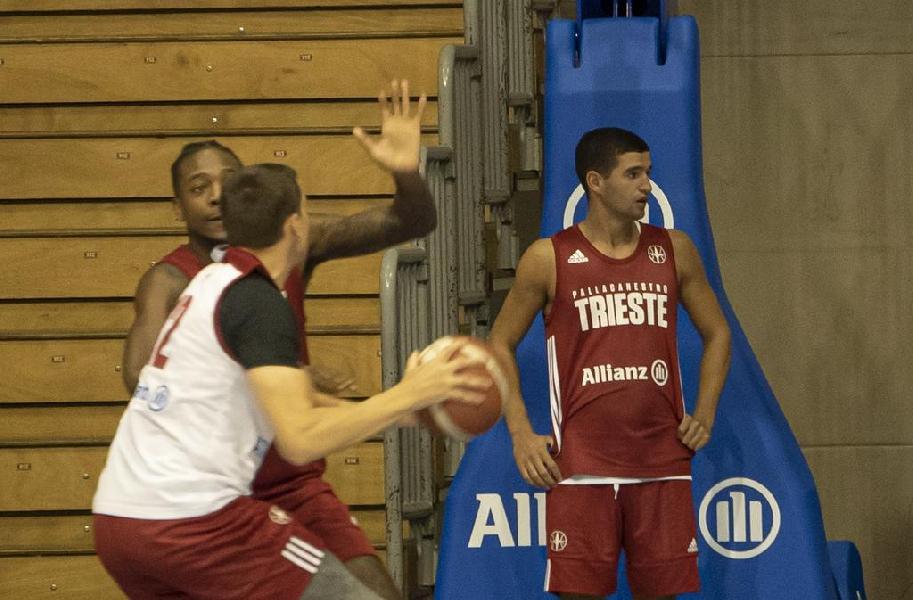 https://www.basketmarche.it/immagini_articoli/09-10-2020/ufficiale-pallacanestro-trieste-inserisce-federico-mussini-roster-600.jpg
