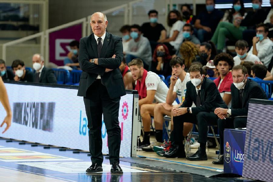 https://www.basketmarche.it/immagini_articoli/09-10-2021/aquila-basket-trento-coach-molin-parola-chiave-presentare-sfida-cremona-energia-600.jpg
