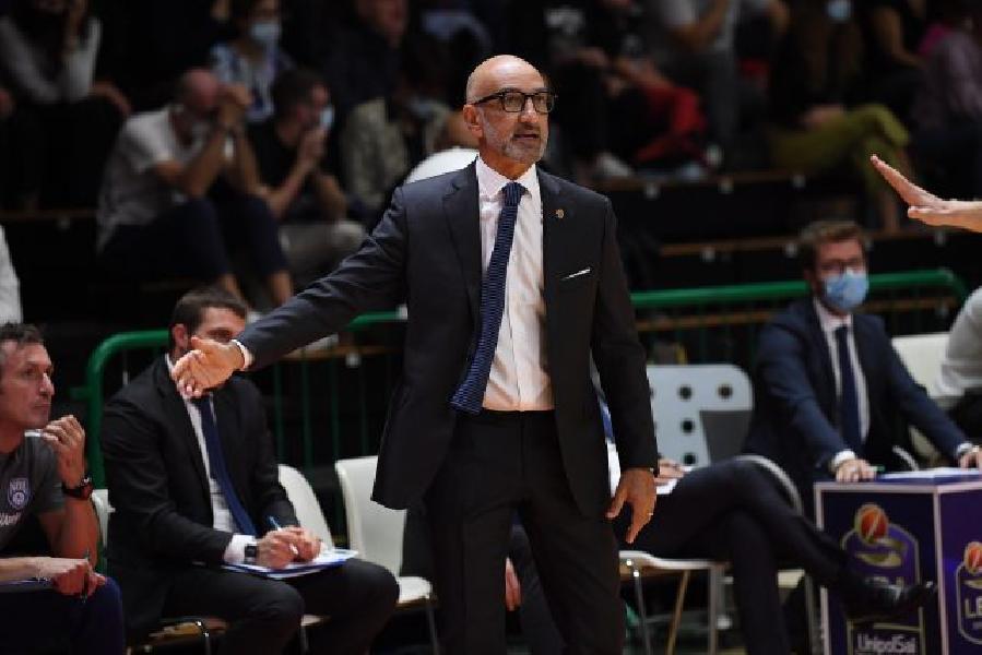 https://www.basketmarche.it/immagini_articoli/09-10-2021/basket-brindisi-coach-vitucci-sono-contento-reazione-mentale-miei-ragazzi-600.jpg