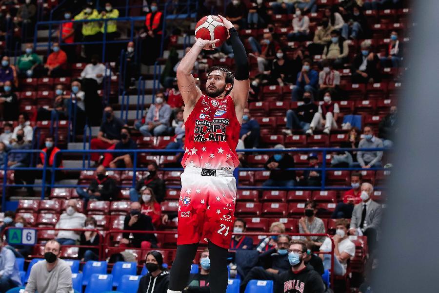https://www.basketmarche.it/immagini_articoli/09-10-2021/olimpia-milano-gianmarco-pozzecco-dobbiamo-recuperare-energie-fisiche-mentali-giocare-continuit-600.jpg