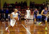 https://www.basketmarche.it/immagini_articoli/09-10-2021/ufficiale-teramo-basket-firma-esterno-mirko-luca-120.jpg