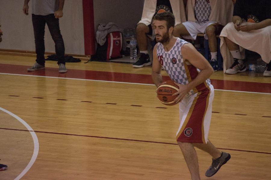https://www.basketmarche.it/immagini_articoli/09-11-2018/basket-auximum-osimo-elia-graciotti-montemarciano-squadra-forte-giocheremo-600.jpg