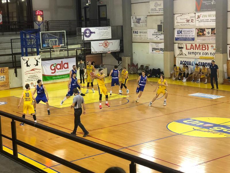 https://www.basketmarche.it/immagini_articoli/09-11-2019/bartoli-mechanics-conquista-vittoria-convincente-campo-fratta-umbertide-600.jpg