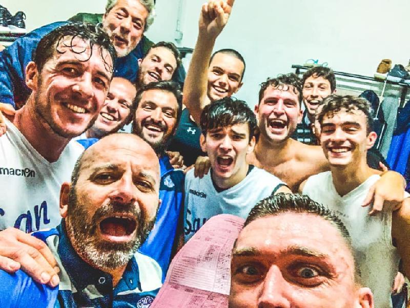https://www.basketmarche.it/immagini_articoli/09-11-2019/crispino-basket-vince-derby-faleriense-grande-rimonta-600.jpg