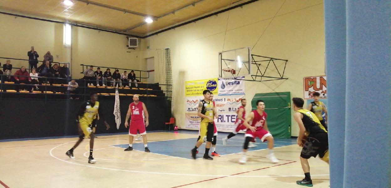 https://www.basketmarche.it/immagini_articoli/09-11-2019/sericap-cannara-ferma-settima-vittoria-stagionale-arriva-overtime-600.jpg