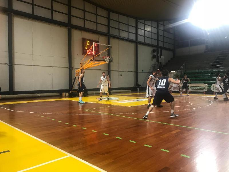 https://www.basketmarche.it/immagini_articoli/09-12-2018/convincente-vittoria-atomika-basket-spoleto-campo-deruta-basket-600.jpg