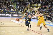 https://www.basketmarche.it/immagini_articoli/09-12-2018/poderosa-montegranaro-male-scaligera-verona-spunta-fotofinish-120.jpg