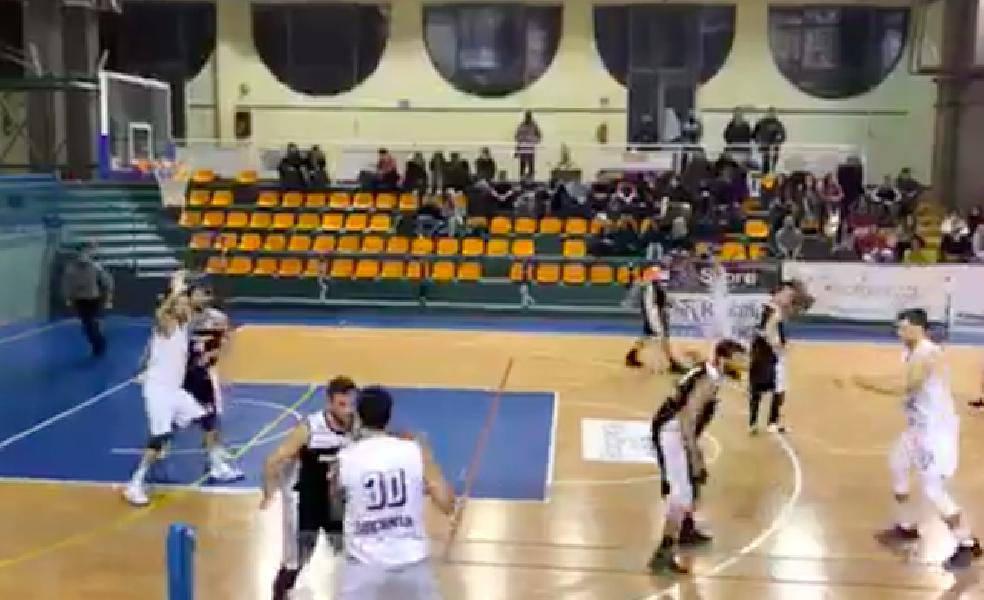 https://www.basketmarche.it/immagini_articoli/09-12-2018/robur-osimo-mani-vuote-trasferta-campo-isernia-basket-600.png