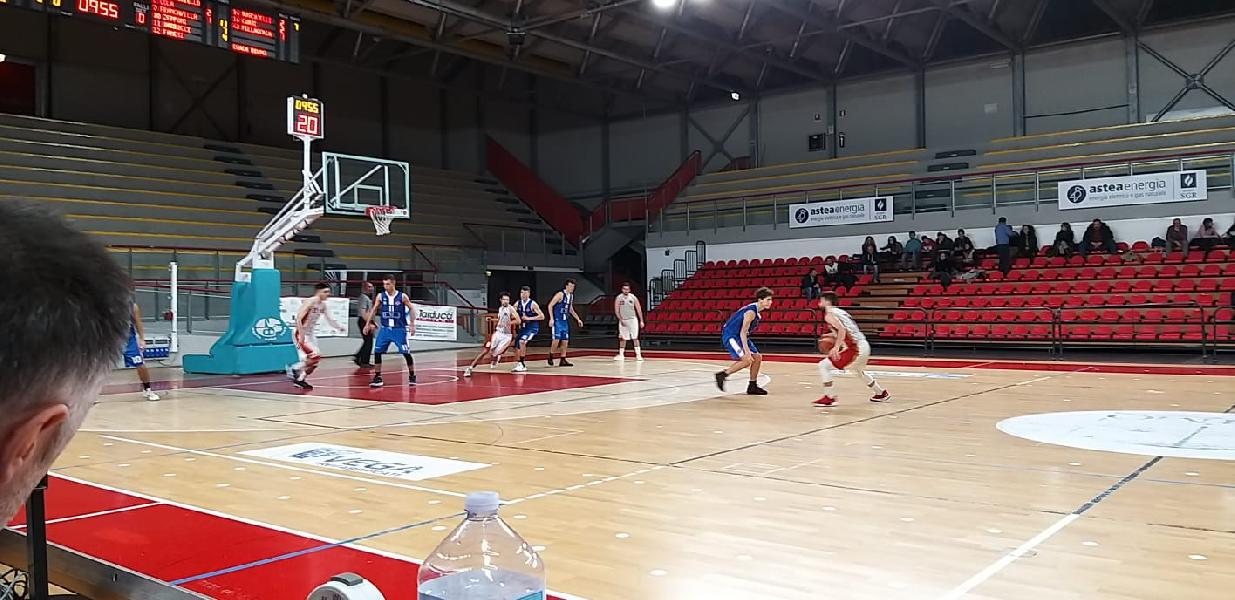 https://www.basketmarche.it/immagini_articoli/09-12-2019/basket-auximum-osimo-vince-convince-boys-fabriano-600.jpg