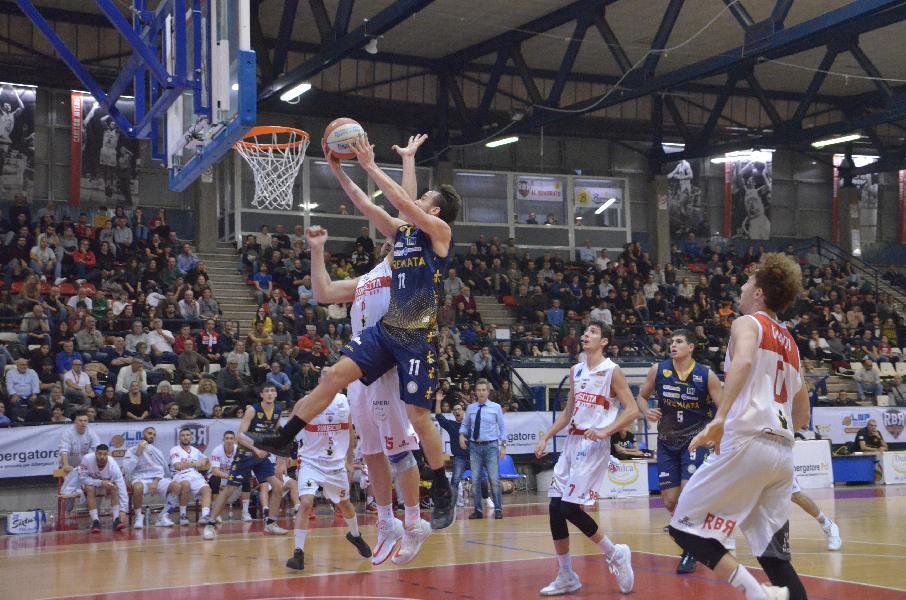 https://www.basketmarche.it/immagini_articoli/09-12-2019/rimini-quarta-sconfitta-consecutiva-peggiore-sutor-montegranaro-stagione-600.jpg